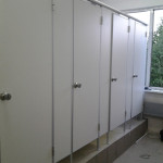 перегородки для туалетов в школу 2