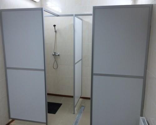 система душевых кабин