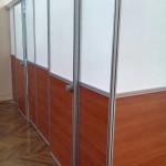 Перегородка с системой раздвижных дверей