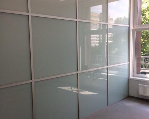 Офисная перегородка стекло и матовая пленка