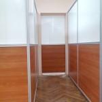 Перегородка с раздвижной дверью поликлиника